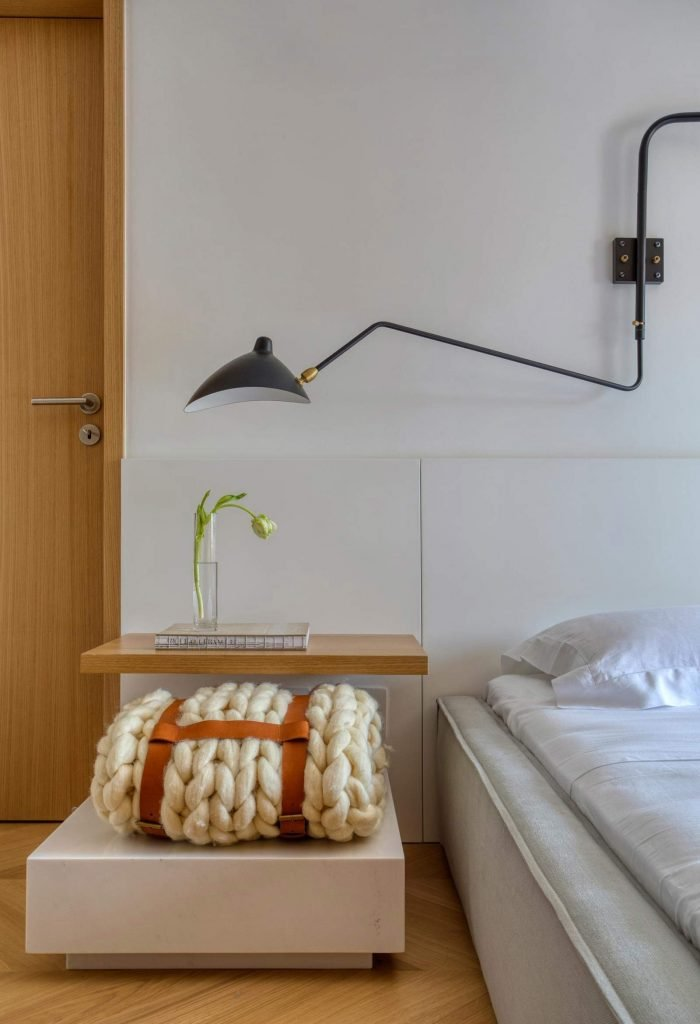 Concrete-Interior-for-young-couple---bedroom-detail